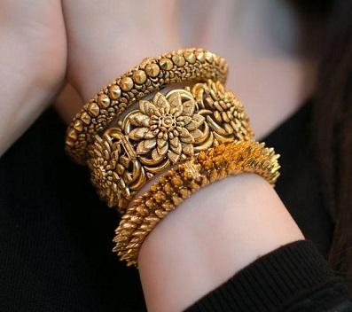 دستبندزنانه